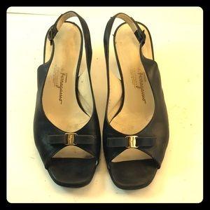 Salvatore Ferragamo Black Leather Bow Pumps Sz 6
